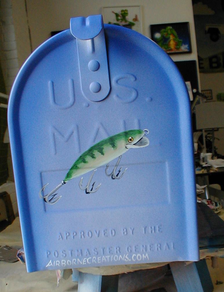 Bass mailbox front